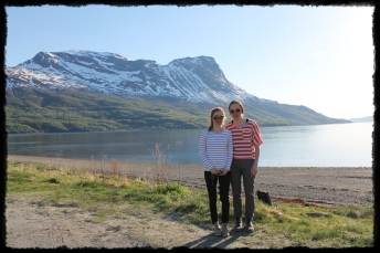 Narvik, rannalla yhteiskuvassa Hennan kanssa